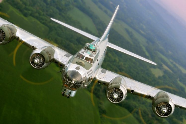 "B-17 BOMBER ""SENTIMENTAL JOURNEY"" AT HANOVER AIRPORT"