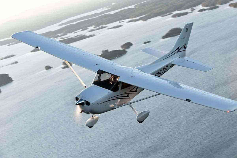 THE CESSNA 172S.