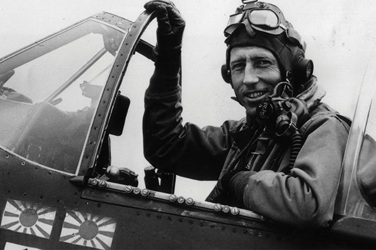 How These Brave MOH Pilots Proved Their Valor in the Skies